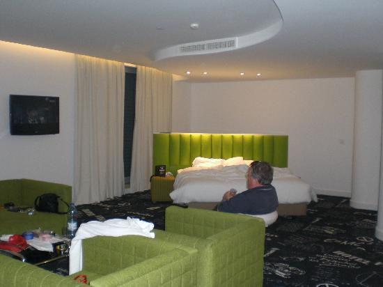 Hotel da Estrela: JUnior Suite, note TV location