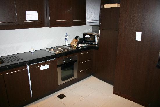 Flora Park Deluxe Hotel Apartments: cuisine