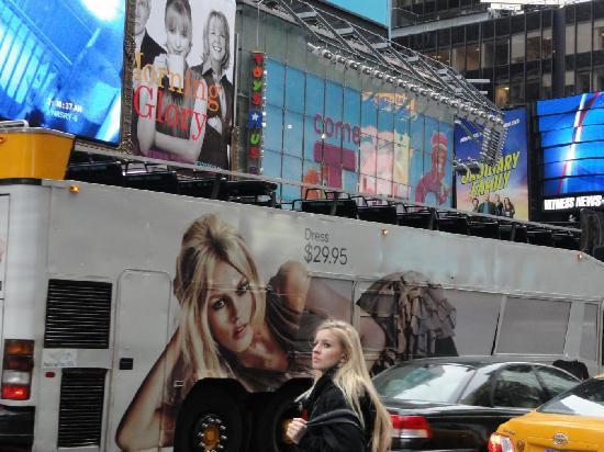 New York City, NY: NY