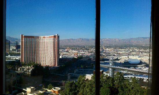 Wynn Las Vegas: View from the 24th floor