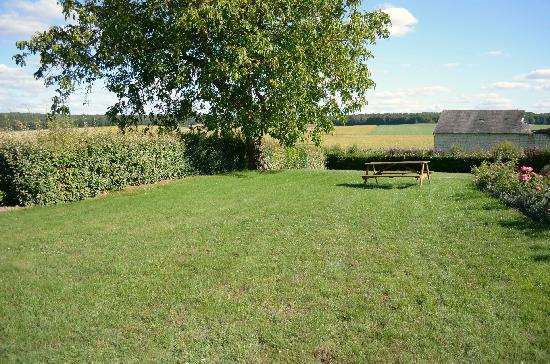 Le Closet des Moustiers : Blick in Garten und Landschaft