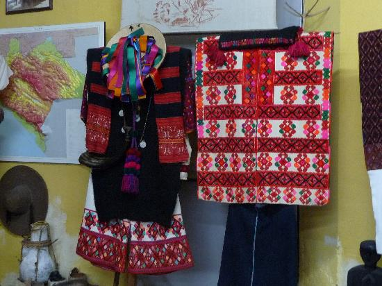 San Cristobal de las Casas, Mexico: Beautiful clothing