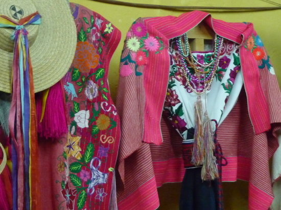 Сан-Кристобаль-де-лас-Касас, Мексика: Costumes of Chiapas