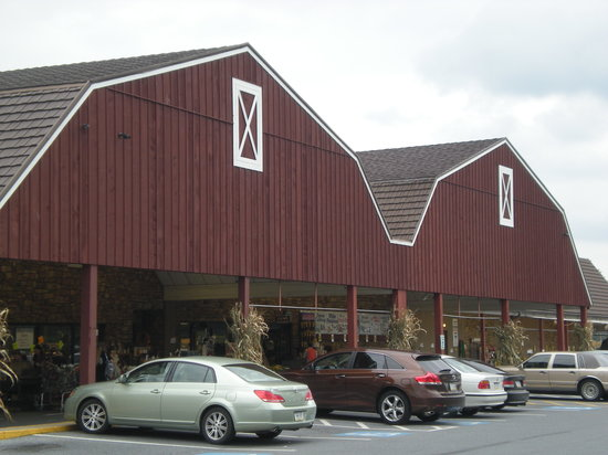 The Restaurant at Oregon Dairy : Front of the store