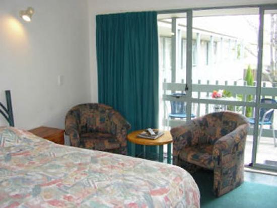 Accolade Lodge Motel