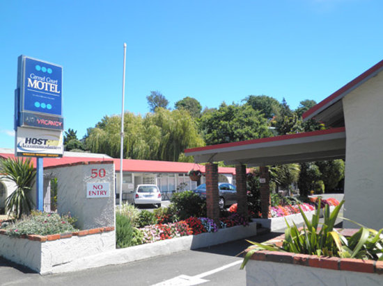 Urban Apartments: Carmel Court Motel