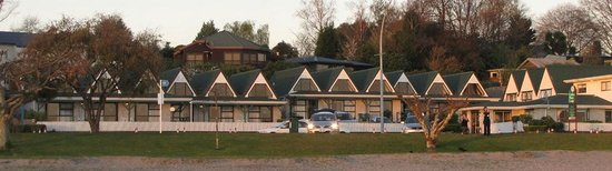 Gables Lakefront Motel: Gables Motor Lodge