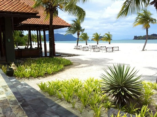 Four Seasons Resort Langkawi, Malaysia: beach at 4 Seasons