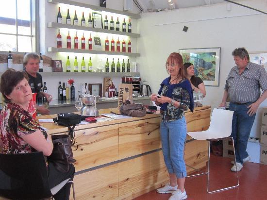 Wine Divas Tour: wine tasting