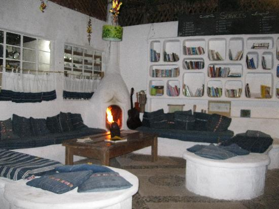 Hotel IslaVerde: indoor area w/fireplace that was so cozy