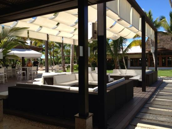 Casa de Campo Resort & Villas: outdoor bar by lobby, casa de campo