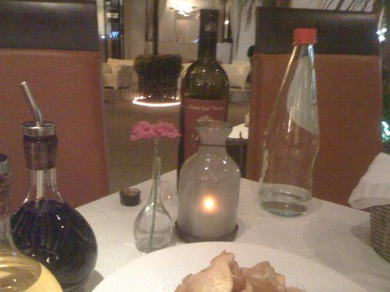Di Vino : Romantic and special table