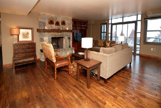 The Lowell Condominiums: Living Room