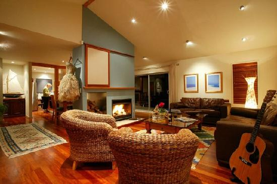 The Ridge Luxury Country Lodge: Guest lounge