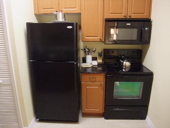Mini Kühlschrank Willhaben : Mikrowelle auf kuehlschrank haushaltsgeräte kühlschrank backofen