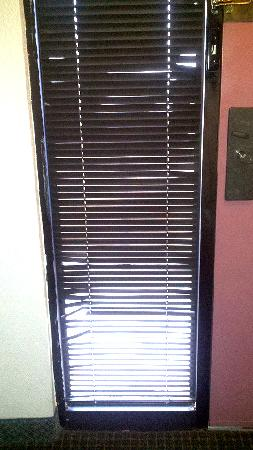 Kiva Hotel Amarillo: Blinds