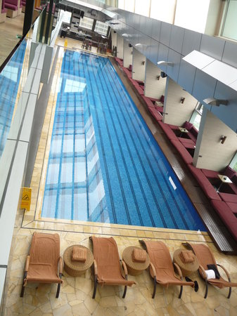 Traders Hotel, Kuala Lumpur: swimming pool