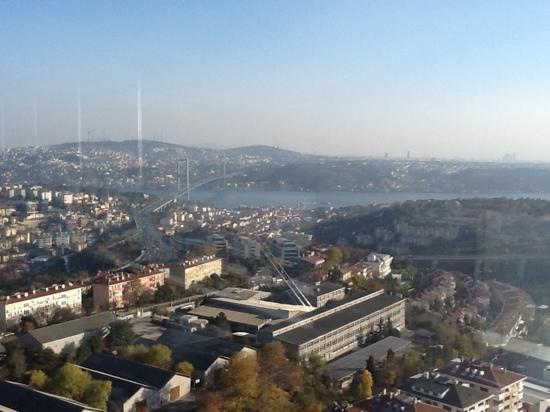 Mercure Istanbul City Bosphorus Hotel: Great view from top-floor restaurant