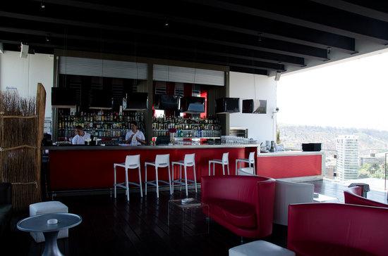 W Santiago: Red2One