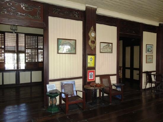Manuel Roxas Ancestral House: Interior of the house