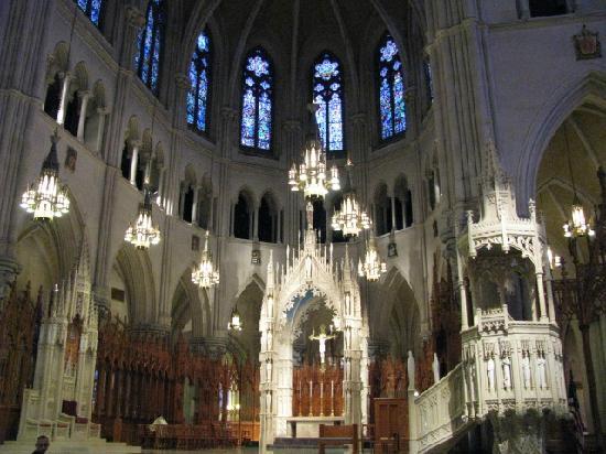 Newark, NJ: Altar