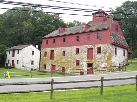 Glen Mills, Pensilvania: Grain Storage & Trimble House