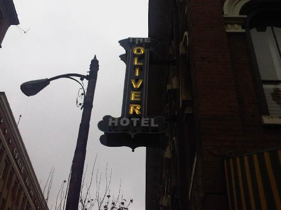 The Oliver Hotel: The Sign