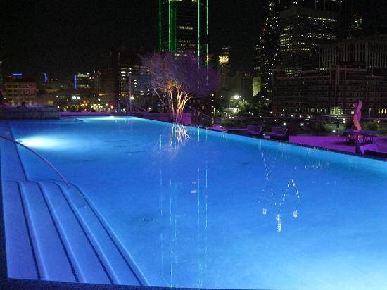 Fountains In Front Of The Pool Picture Of Omni Dallas Hotel Dallas Tripadvisor