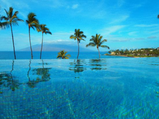 Four Seasons Resort Maui at Wailea: Serenity pool - WOW