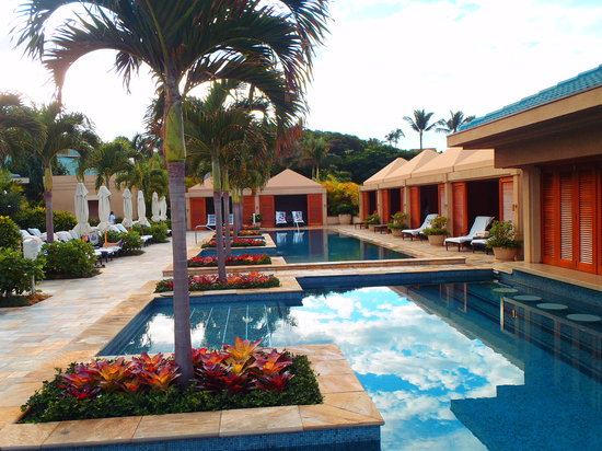 Four Seasons Resort Maui at Wailea : Serenity pool cabanas