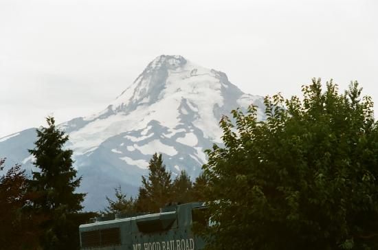 Hood River, OR: View of Mt Hood from Parkdale