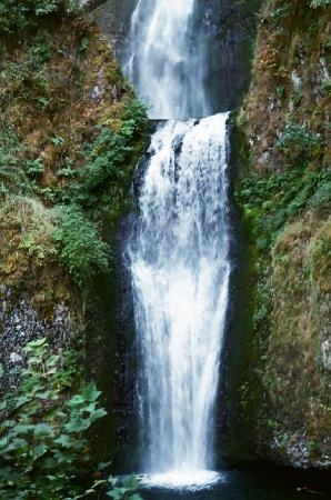 Columbia River Gorge: Lower part of Multnomah Falls