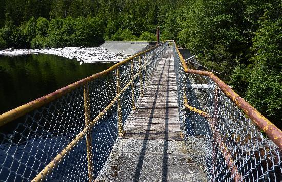 Diana Lake Provincial Park: Diana Lake Dam