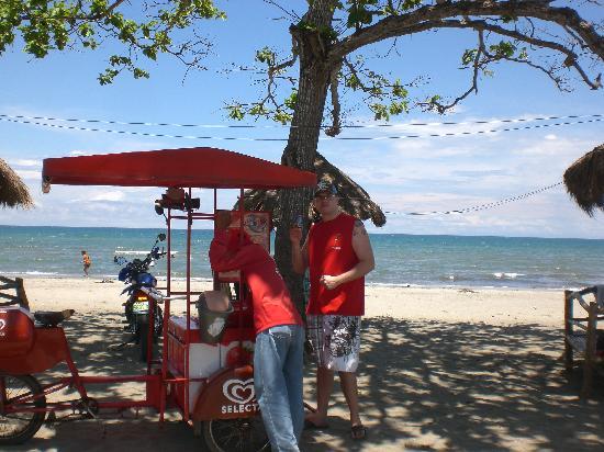 Rohan Beach : Me Getting Ice Cream on Beach