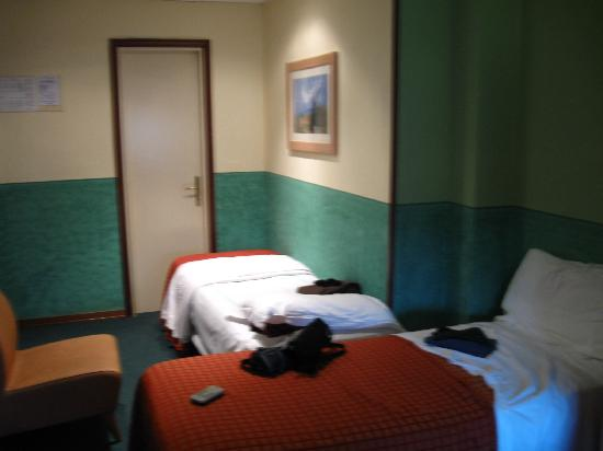 Hotel Meridiana: the room