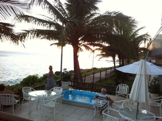 Vila Gale Salvador: terraza, hidromasaje, océano