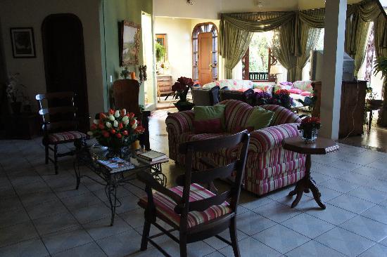 Pousada Bella Casa: lounge