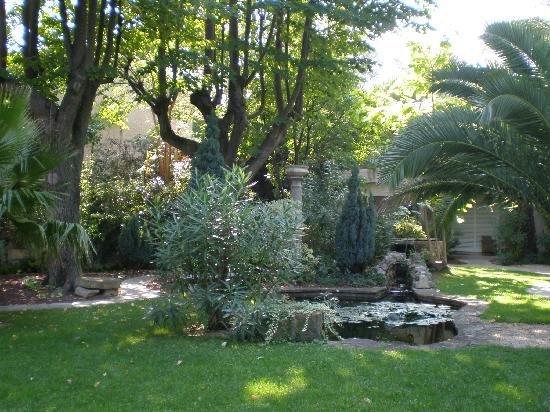Najeti Hôtel la Magnaneraie: Gardens