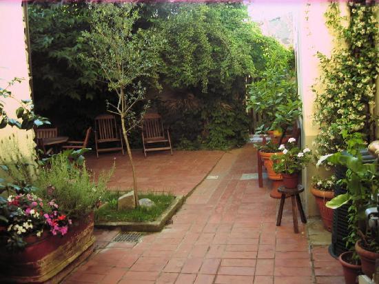 Il Giglio d'Oro : garden