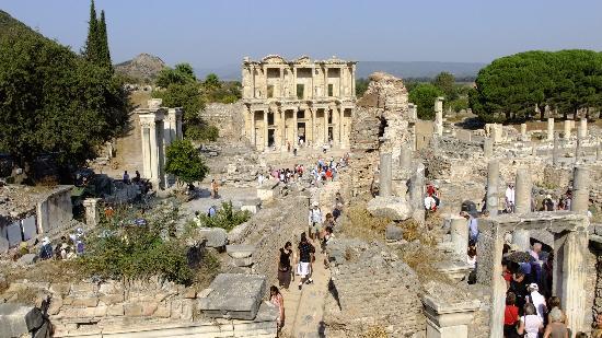 Ephesus Tours: ruiny biblioteki