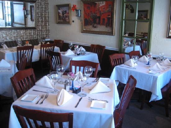 Vidalia Restaurant: dining