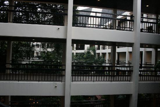 Siam Bayshore: Walkways