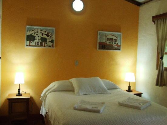 Hotel Casa Barcelona: Habitaciones limpias, frescas y confortables
