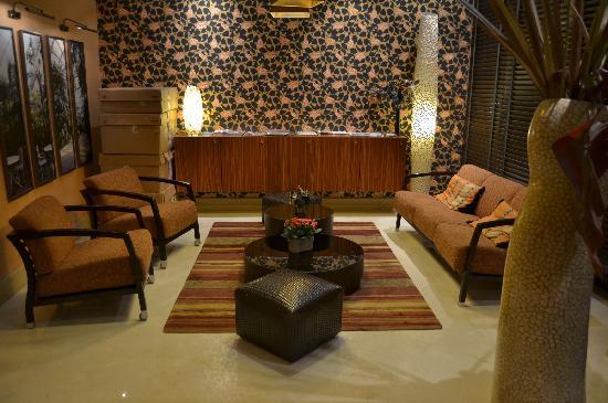 โรงแรมอาโกราแซงท์แชร์แม็ง: Lobby