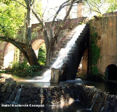 Hotel Hacienda Cocoyoc: Cascada