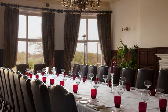 Restaurants restaurant at rookery hall hotel and spa in for Best private dining rooms cheshire