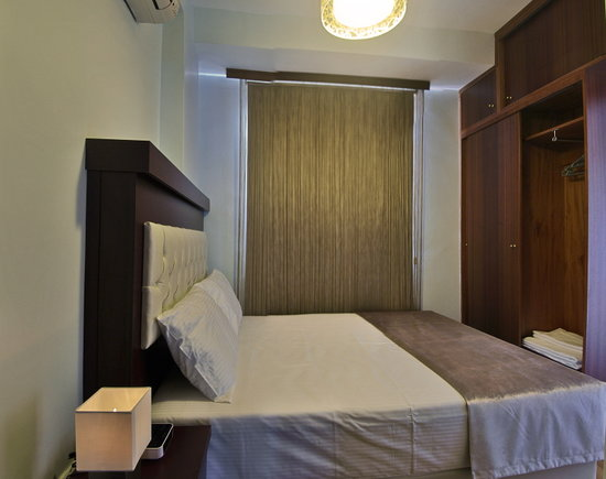 Nisa Sultan Residence: Bedroom