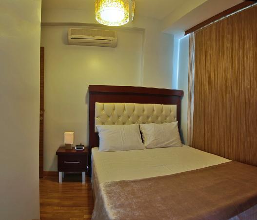 Nisa Sultan Residence : Bedroom