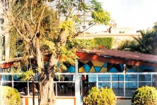La Paloma: Saloncito