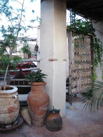 Riad les Inseparables: un détail de la belle terrasse